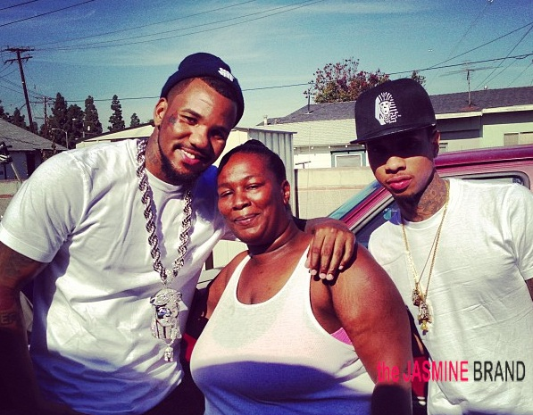 [Photos] The Game & Tyga Have Christmas In Cali With Compton Families