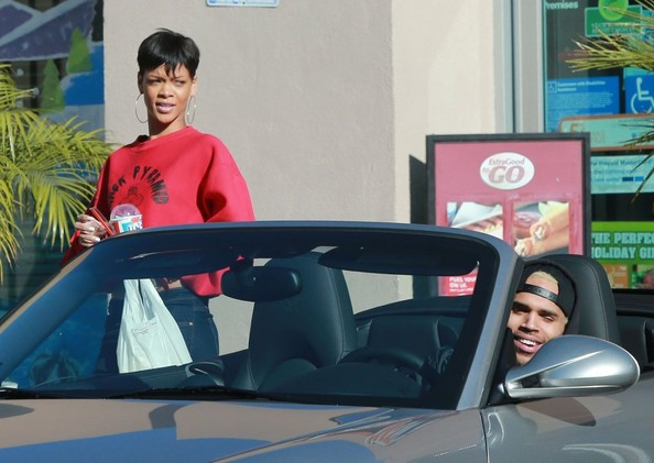 Slurpee Anyone? Rihanna and Chris Brown Spotted Being Normal