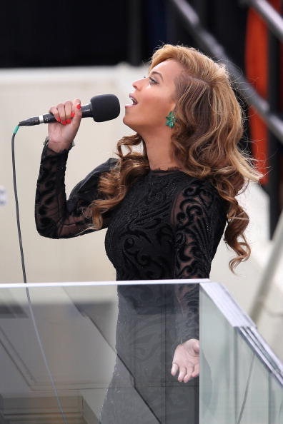 [Video] Beyonce Performs National Anthem at Presidential Inauguration