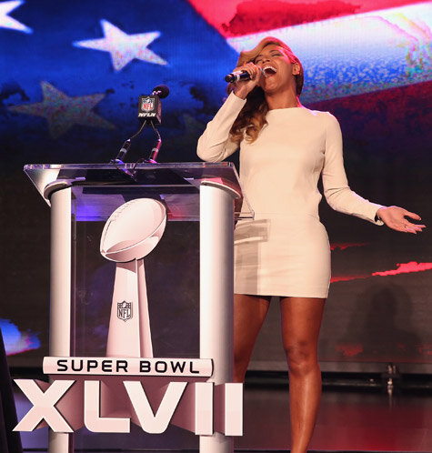 Beyonce Side Steps Destiny's Child Rumors + Says She's Absolutely Singing Live for Super Bowl