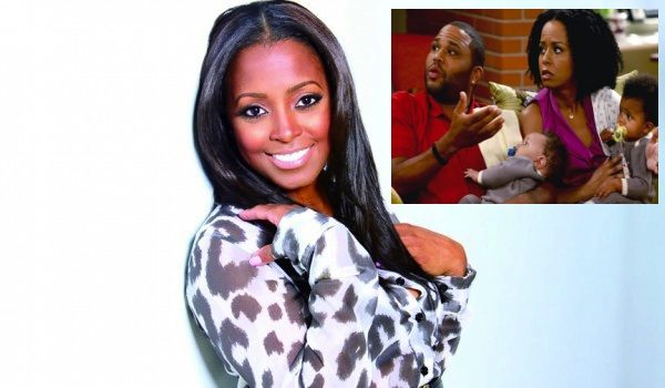 Cosby Show's Keshia Knight Pulliam & Tempestt Bledsoe Reunite for New NBC Sitcom