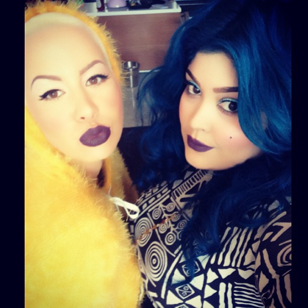 who is priscilla ono  meet amber rose u2019s blue haired  mua bff