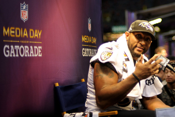Baltimore Ravens & San Francisco 49ers Play Nice for Super Bowl Media Day