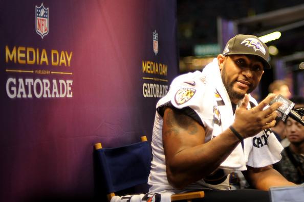 Baltimore Ravens & San Francisco 49ers Play Nice for Super Bowl Media Day