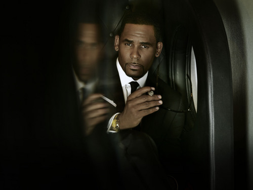 [New Music] R.Kelly Unveils Sandy Hook Tribute Song, 'I Know You Are Hurting'