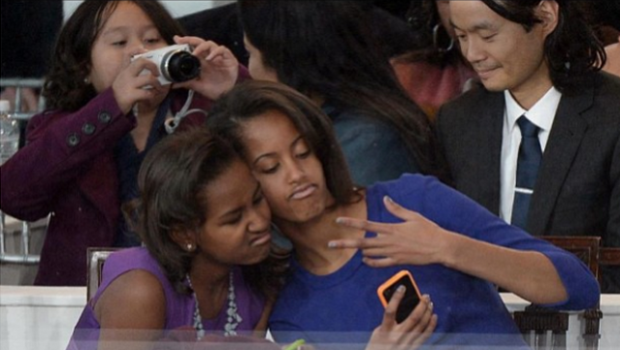 InstaFame: Fabolous Celebrity Duos feat. Obama Sisters, Kelly & Beyonce