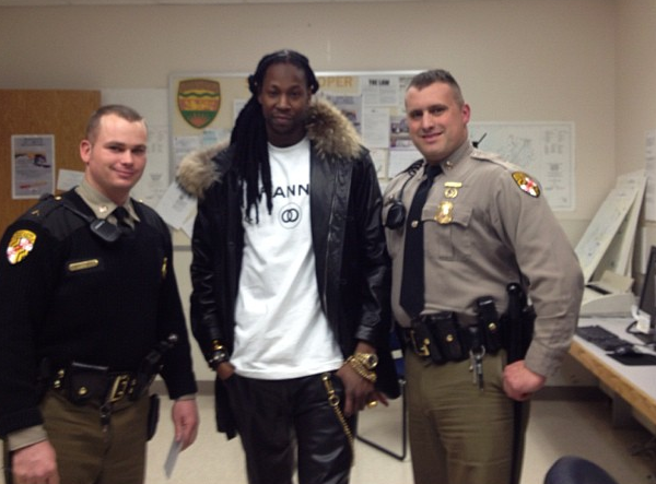2 chainz-arrested for weed grinder-umes-the jasmine brand