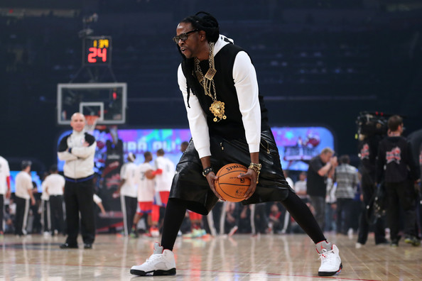 2 chainz-courtside-nba all star game 2013-the jasmine brand
