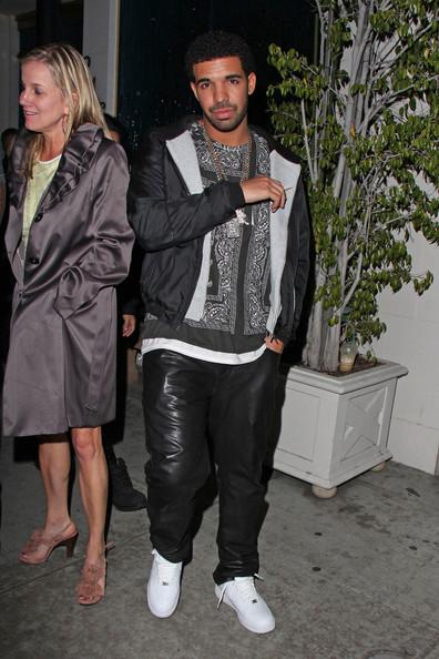 Drake+winner+Best+Rapper+Year+2013+Grammy+the-jasmine-brand