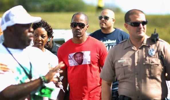 Jamie Foxx Travels to Miami, Attends Trayvon Martin Peace Rally + Teyana Taylor Parties in ATL
