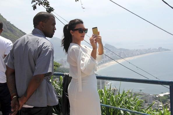 Kim+Kardashian+Kanye+West3_thejasminebrand