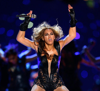 PETA Pissed At Beyonce's Super Bowl Outfit