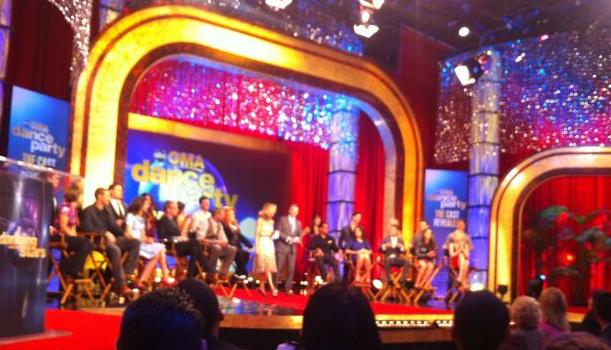 Dancing With The Stars Cast Unveiled: Includes DL Hughley, NFL'er Jacoby Jones & Lisa Vanderpump