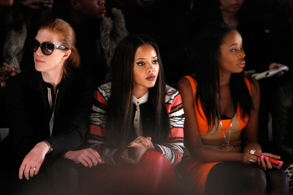 [Pix] Angela Bassett, Angela Simmons, Pick Fashion Over Music, Spotted Front Row at NYFW
