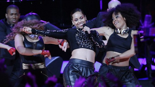 [WATCH] Alicia Keys All-Star Halftime Show Gets Mixed Reviews