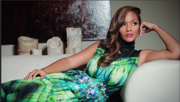Basketball Wives' Evelyn Lozada to Launch Vida Lux During London Fashion Week + Kevin Hart Snags SNL Hosting Gig