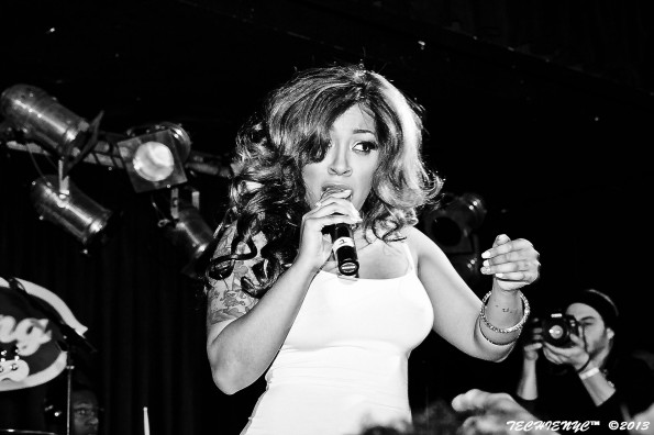 kmichelle-performs at bb kings nyc-b-the jasmine brand