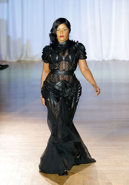 lil- kim- fashion- week- the- jasmine- brand