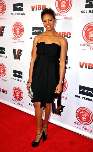 mc lyte-vibe magazine 20th inaugural impact awards honoring mary j blige 2013-the jasmine brand
