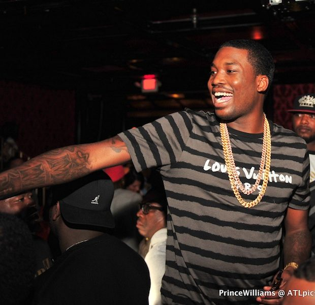 Rapper Meek Mill Returns to Jail, After Allegedly Posting Photo With Gun