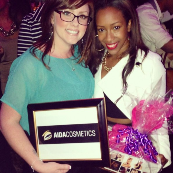 Amberly with prize winner-thejasminebrand
