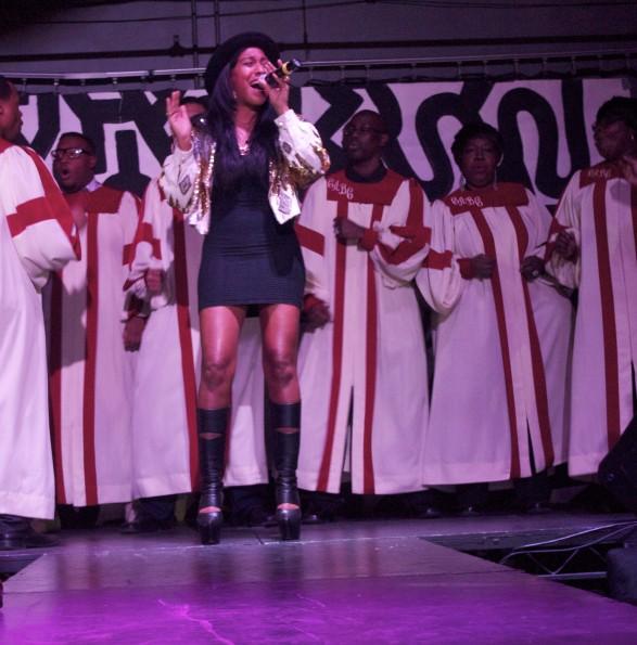 Melanie Fiona & Choir-legendary damon birthday-the jasmine brand.jpg
