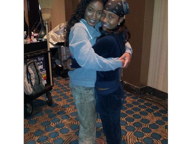 Chilli & KeKe Palmer Hug It Out On Set + Welcome Back: India Arie Announces Fifth Album 'SongVersation'