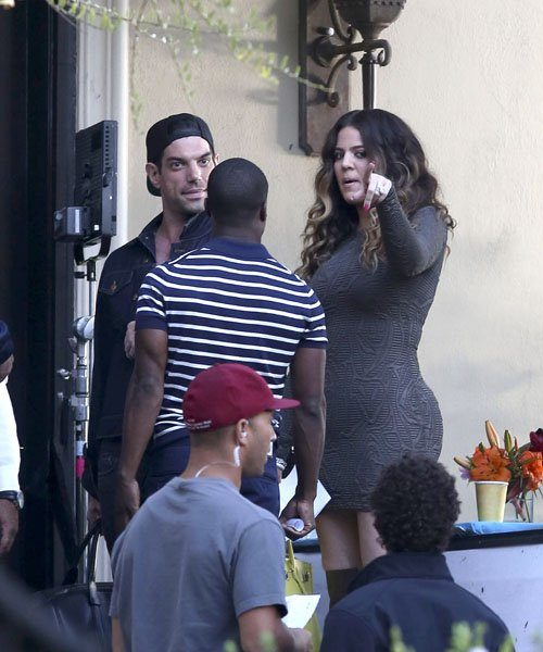 8834736cf1b Khloe Kardashian Films for  Real Husbands of Hollywood  + Rihanna On Sick    Shut