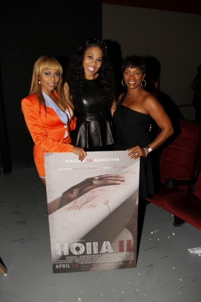 Actress Teairra Mari Executive Producer DollPhace Actress Vanessa Calloway Holla Two Movie Premiere_thejasminebrand