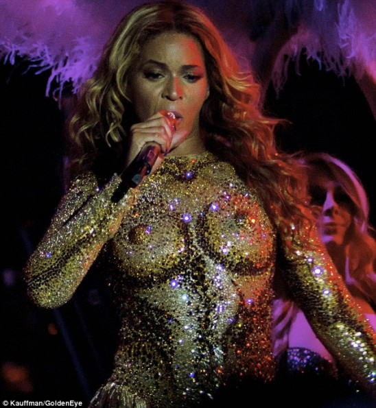 Beyonce-World-Tour2-The-Jasmine-Brand.jpg