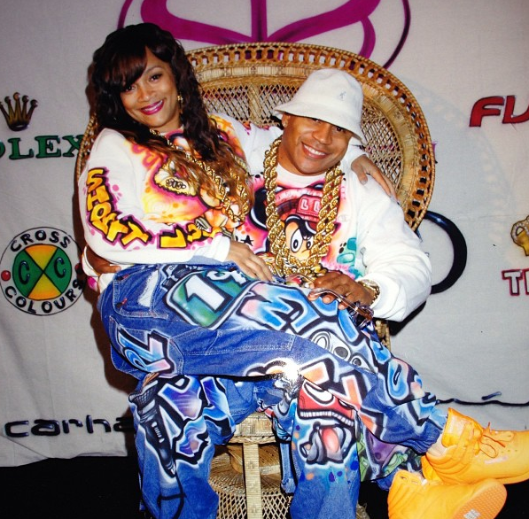 LL Cool J's Wife Throws 90's B-Day Bash With Mary J. Blige, Magic Johnson