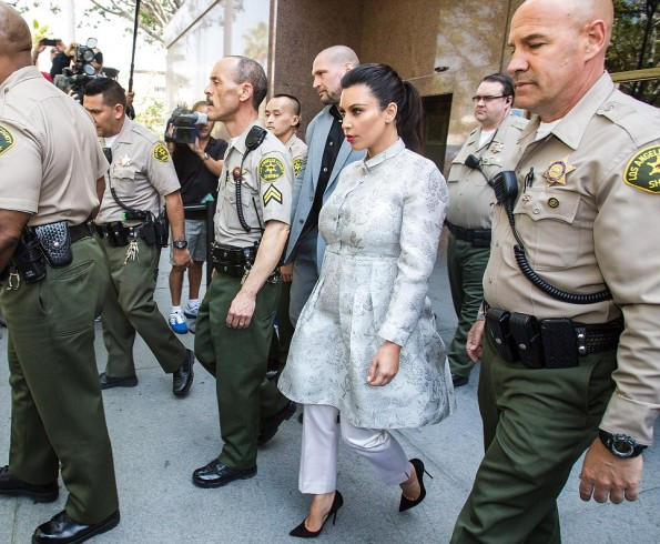Kim Kardashian Leaving Court After Kris Humphries Divorce Hearing