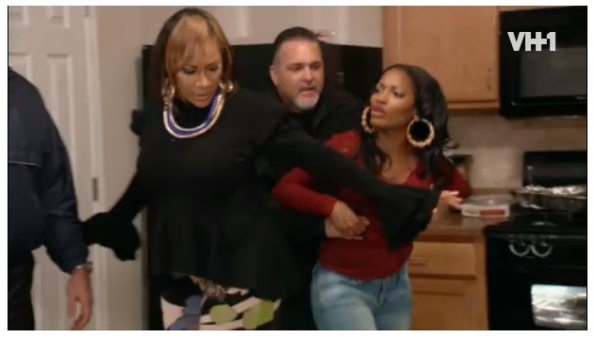 mama dee-erica dixon fight-lhhatl-season 2-the jasmine brand