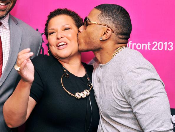 nelly kisses-debra lee-BET NYC Upfront 2013-the jasmine brand