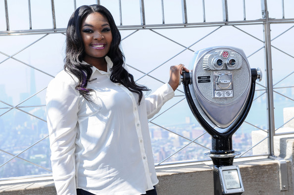 Candice-Glover-Visits-Empire-State-Building-2013-The-Jasmine-Brand