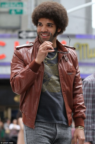 Drake(2)-Afro-Anchorman-2-2013-The-Jasmine-Brand