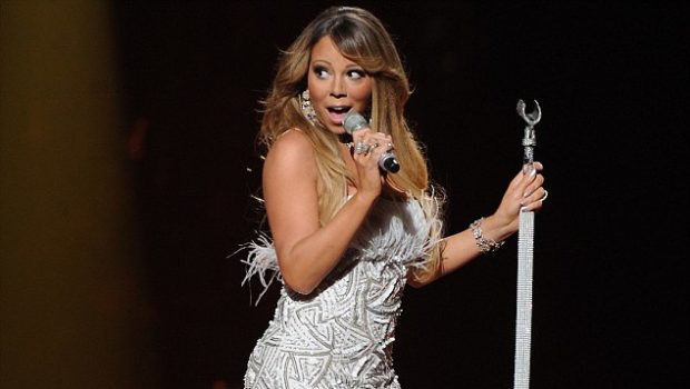 [WATCH] Did Mariah Carey Lip Synch Her Way Through Her 'American Idol' Performance?