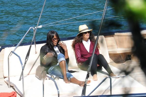 Naomi-Campbell-Vacation-The-Jasmine-brand