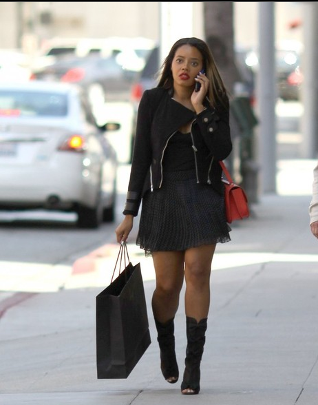 Spotted.Stalked.Scene: Angela Simmons Yaps & Shops, Ja Rule Sells Tickets to the Gun Show + Jason Collins' Brother Is Not Gay
