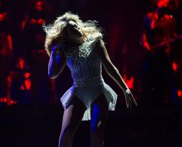 Beyonce Bounces Back After Canceling Show: 'My Doctor's Told Me Not To Perform.'