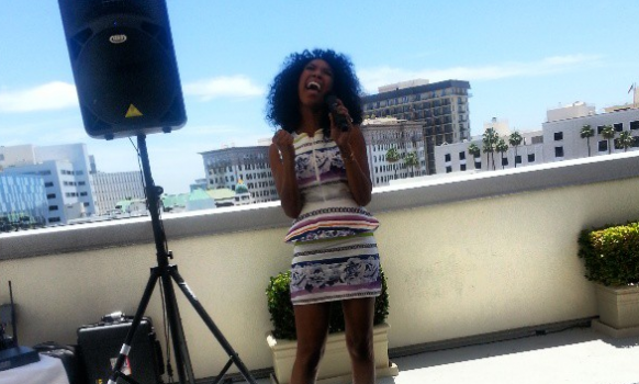 [Video] Brandy Gives Intimate 'He Is' Performance for Niecy Nash's Book Launch