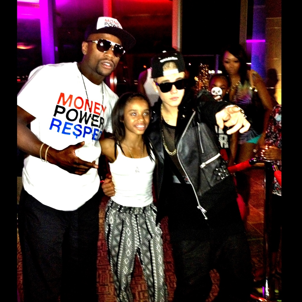 Photos Floyd Mayweather Jr Gifts 13 Year Old Daughter With 250k Watch Celeb Filled Party Justin Bieber Kevin Hart
