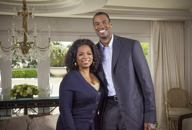 First Openly Gay NBA Baller, Jason Collins, Setting His Sights On A Book Deal?