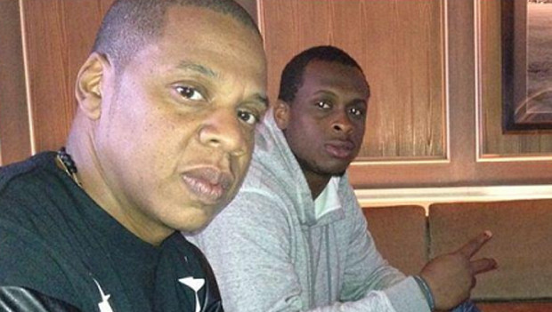 Jay-Z's Roc Nation Sports Signs A NFL Player + Flavor Flave And Baby Mama Return to Reality TV