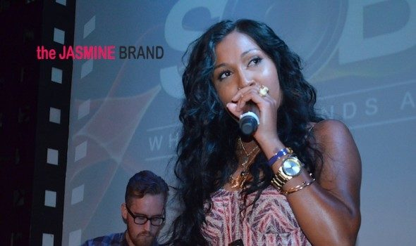 [WATCH] Melanie Fiona Takes Over SOB's, Keyshia Cole Takes Over FunkFest + More Celeb Stalking