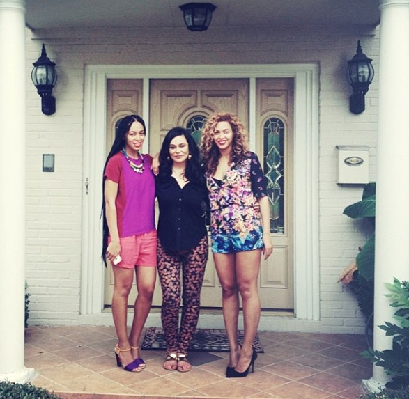 solange-tina knowles-beyonce-celebrities mothers day 2013-the jasmine brand