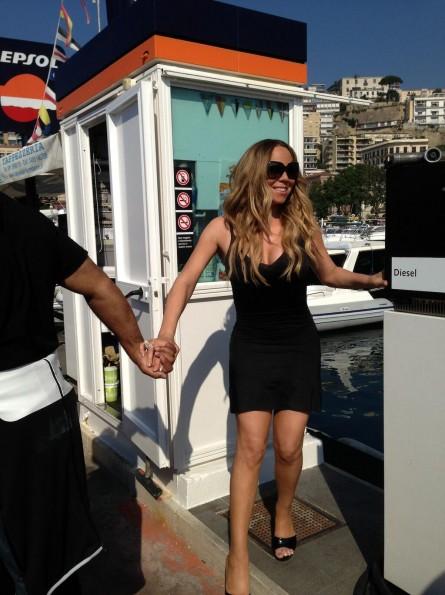 Mariah-Carey-Airport-Italy-The-Jasmine-Brand