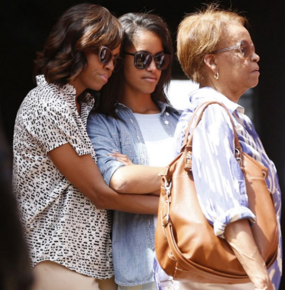 Michelle-Obama-Malia-Sengeal-2013-The-Jasmine-Brand
