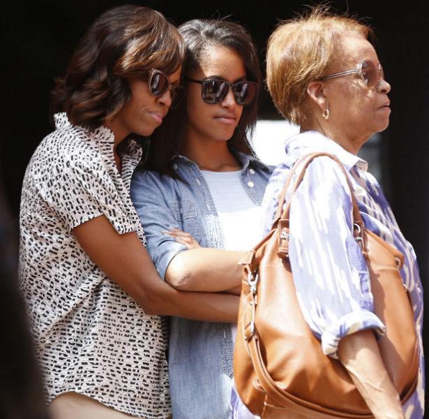 [Photos] Obama's Give Daughters African History Lesson: Visit Slave Trade Site & Prison Cells