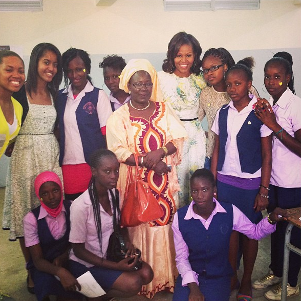 Michelle-Malia-Obama-Senegal-School-2013-The-Jasmine-Brand